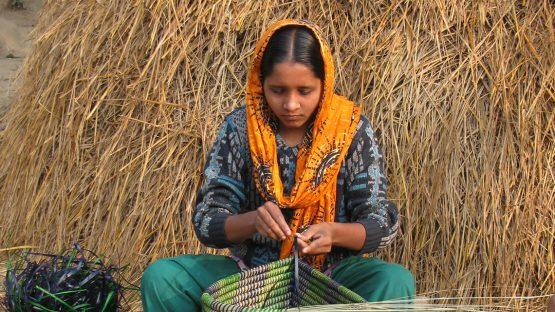 Hasna, an artisan with Goshiwari Handicrafts