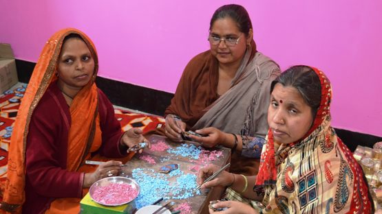 Artisans making jewellery