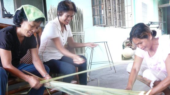 Letty, Nenita and Minda - seagrass basket artisans