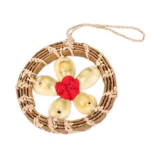 Hanging circular decoration with 5 shells | TradeAid