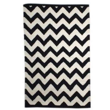 Black And White Cotton Floor Rug With Zigzag Design