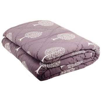 Queen quilt with tree print | TradeAid