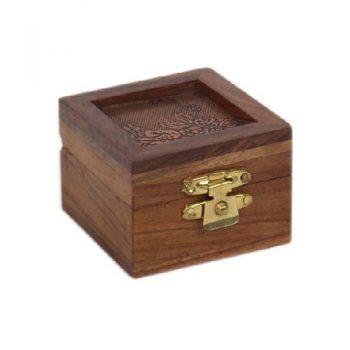 Sheesham wood box with flower design | TradeAid