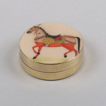 Pillbox with horse design | TradeAid