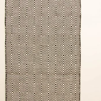 Black and white runner with diamond design | Gallery 1 | TradeAid