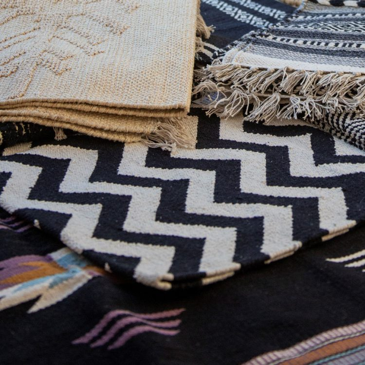Small black and white zigzag rug | TradeAid