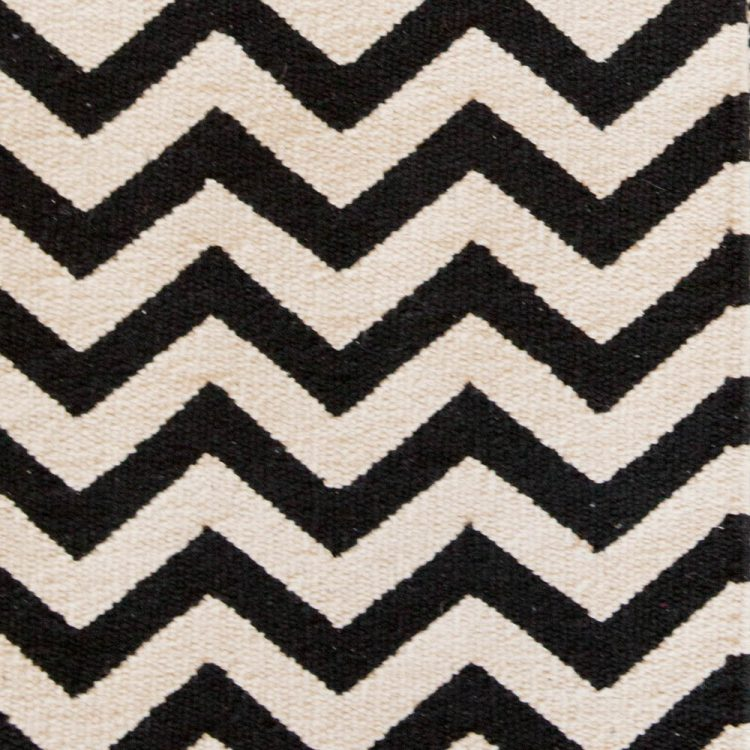 X-large black and white zigzag rug | Gallery 2 | TradeAid