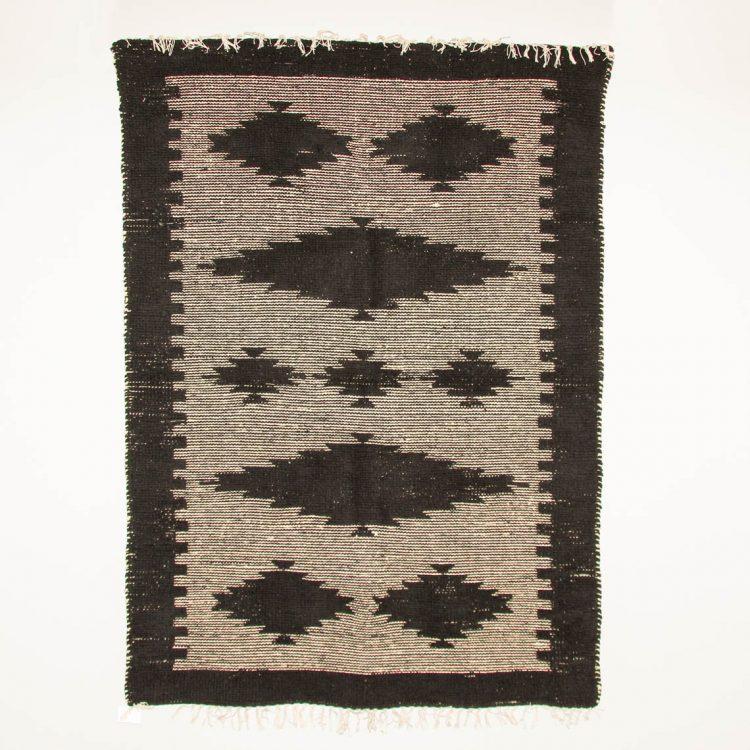 Medium black and white cotton rug | TradeAid