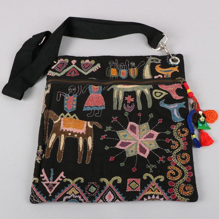 Mohenjodaro design embroidered bag | Gallery 1 | TradeAid