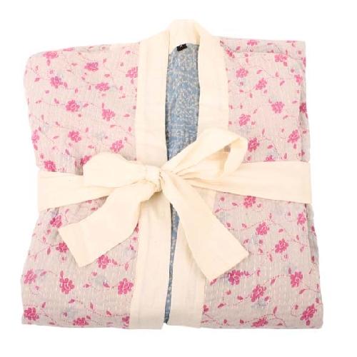 Recycled sari kimono (m) | Gallery 1 | TradeAid