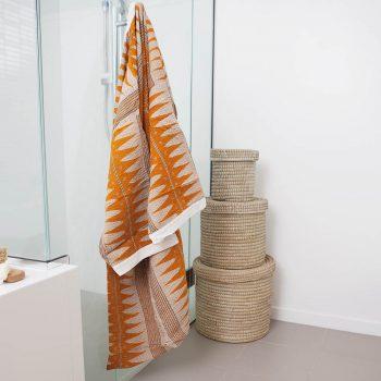 Recycled sari kimono (m) | Gallery 2 | TradeAid