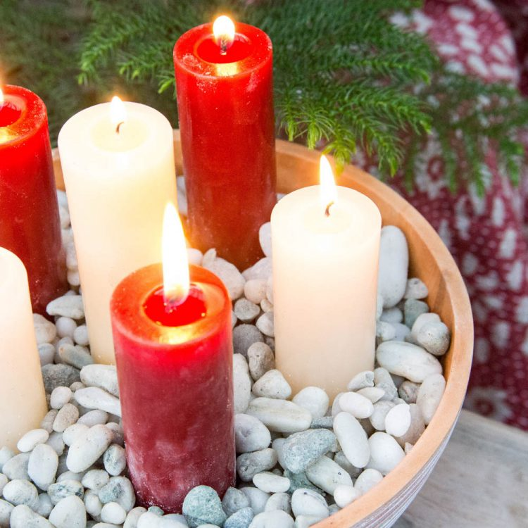 Short thin red pillar candle | Gallery 1 | TradeAid