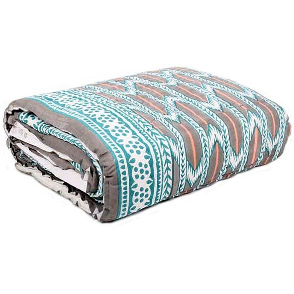 Queen quilt with blockprinted zigzag design   TradeAid
