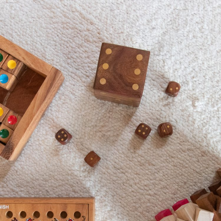 Small dice box with 5 dice   TradeAid