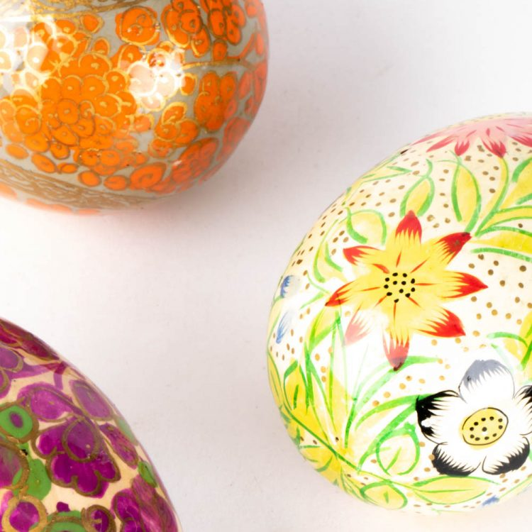 Decorative egg | Gallery 2 | TradeAid