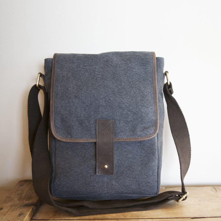 Stone canvas satchel | TradeAid