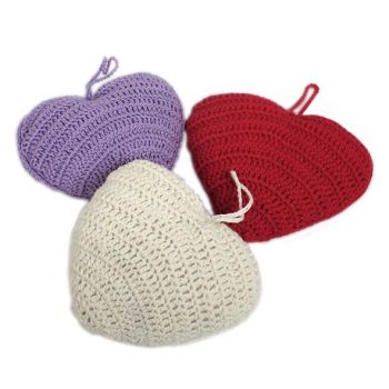 Hanging crochet heart (assorted) | TradeAid