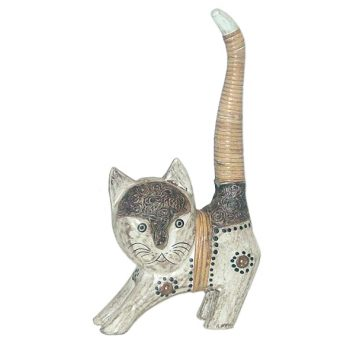 Albasia wood cat | TradeAid