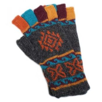 Colourful fingerless gloves | TradeAid