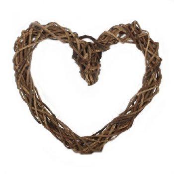 Vine heart wreath   TradeAid