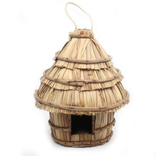 Hut shape birdhouse | TradeAid