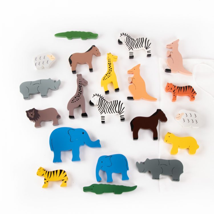 20 animals in bag | TradeAid