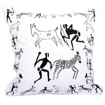 Cushion cover with hunting scene | TradeAid