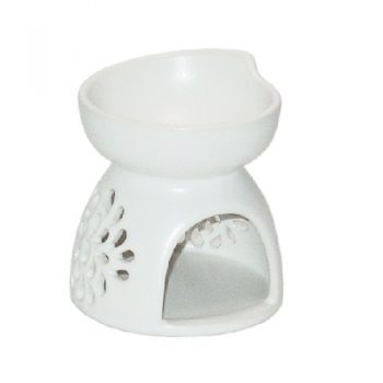 Chrysanthemum oil burner | TradeAid