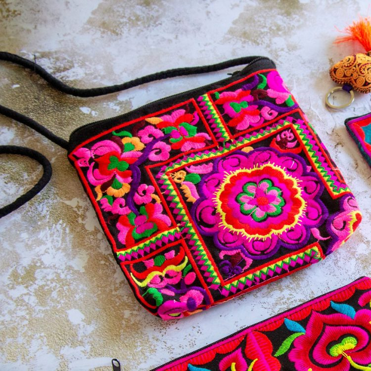 Small embroidered shoulder bag | TradeAid