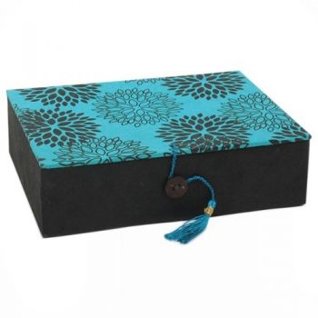 Floral gift box with tassle | TradeAid