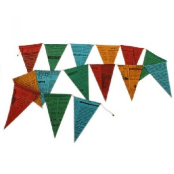 Newspaper bunting | TradeAid