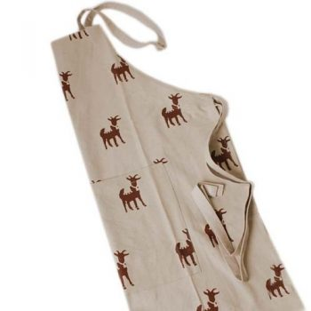 Goat print apron with pocket | TradeAid