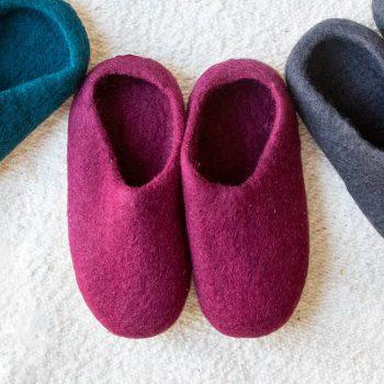 Wine felt slipper (44) | TradeAid