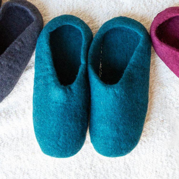 Teal felt slipper (45) | TradeAid