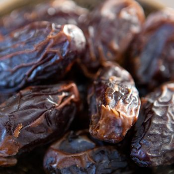 Medjoul dates | Gallery 2 | TradeAid
