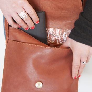 Chestnut leather day bag | Gallery 2 | TradeAid
