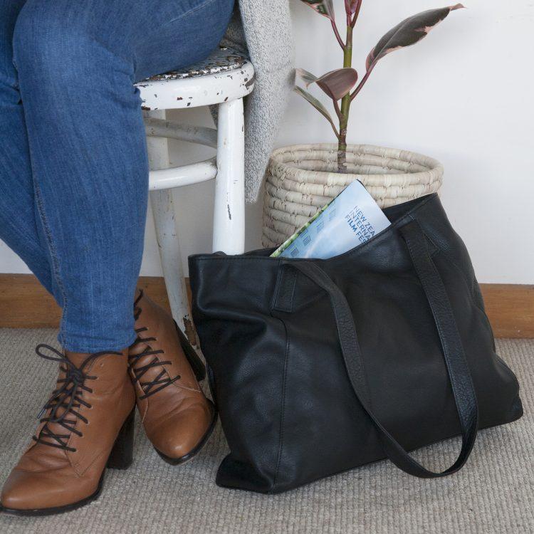 Black leather tote bag | TradeAid