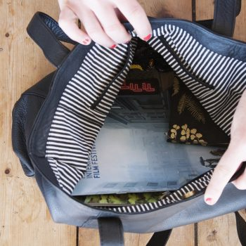 Black leather tote bag | Gallery 2 | TradeAid