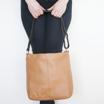 Tan leather slouch bag | TradeAid