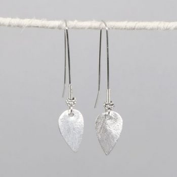 Leaf earrings | TradeAid