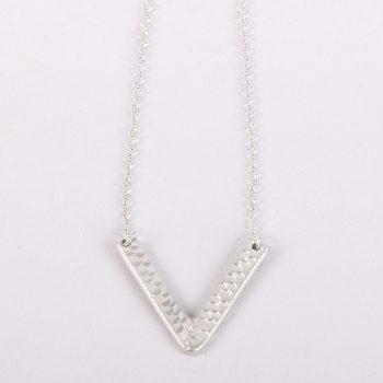 V shape pendant necklace | Gallery 1 | TradeAid