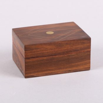 Small sheeshamwood box with brass diamond inlay | TradeAid