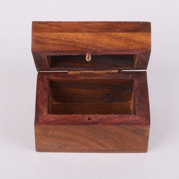 Sheeshamwood box with elephant inlay | Gallery 2 | TradeAid