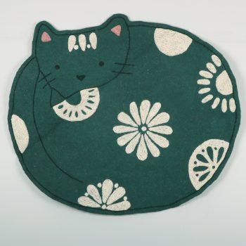 Cat numdha rug | TradeAid