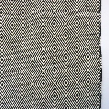 X-large black and white rug with diamond design | Gallery 1 | TradeAid