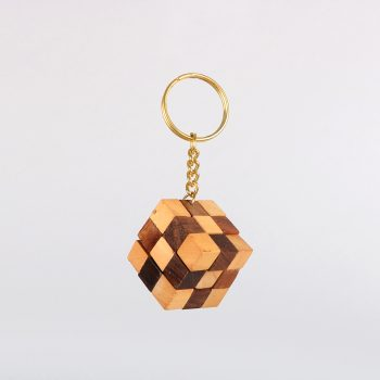 Wooden game keyring | TradeAid