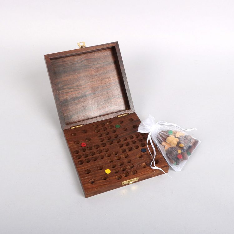 Sheeshamwood boxed games set | Gallery 2 | TradeAid