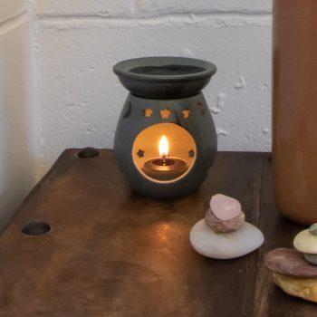 Moon and star oil burner | TradeAid