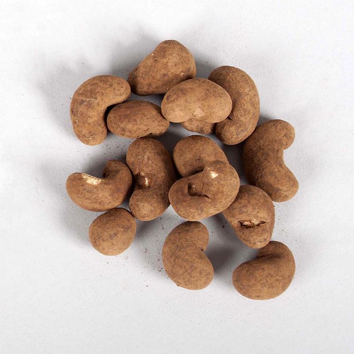 Organic 40% milk chocolate coated cashews – 130g | Gallery 2 | TradeAid
