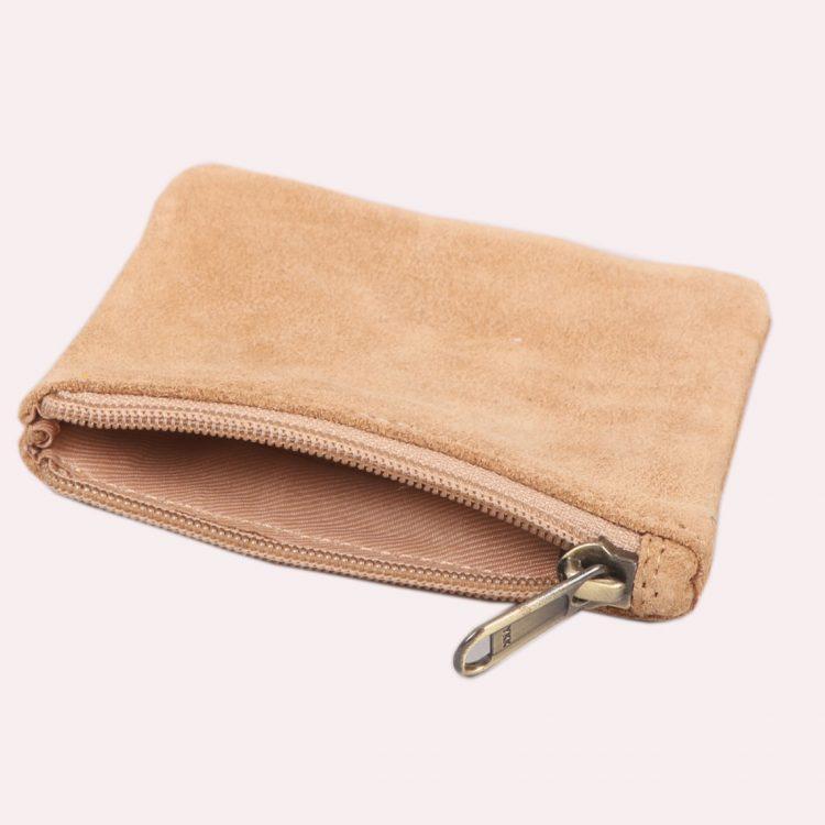Tan suede purse | Gallery 1 | TradeAid
